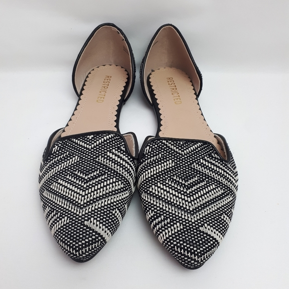 Restricted Women's Slip On Flat Shoes Size 8.5